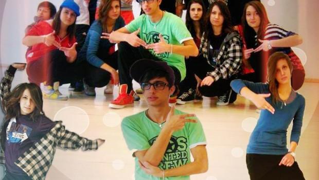 Dansatorii trupei de dans Ask Crew Bucuresti