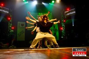 Trupa de dans eLeMeNTS CReW