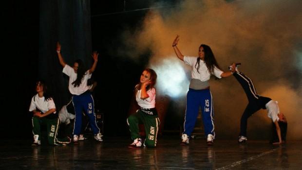 Trupa de Dans C.B.S Crew