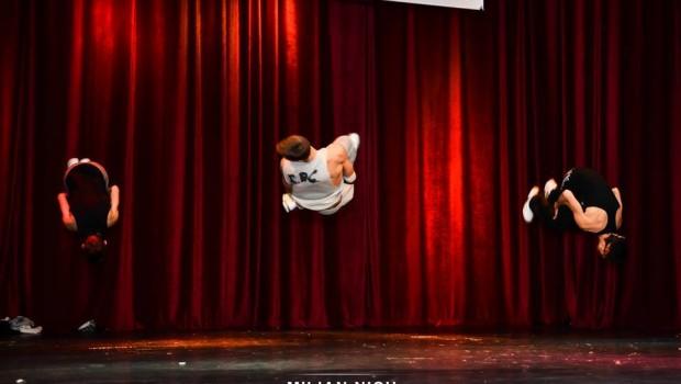 Dansatori din Iasi